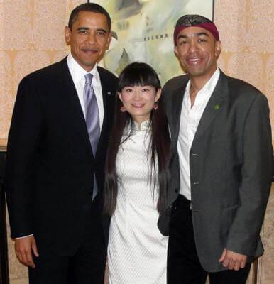 Barack-wife-mark-Obama.jpg