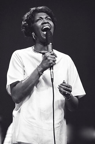 Cissy Houston photo