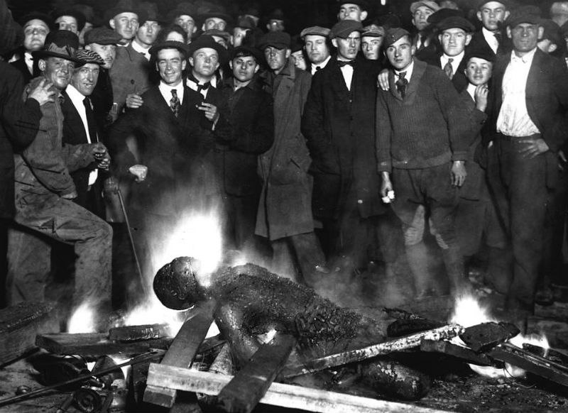 Body of Will Brown after being burned by a white crowd photo