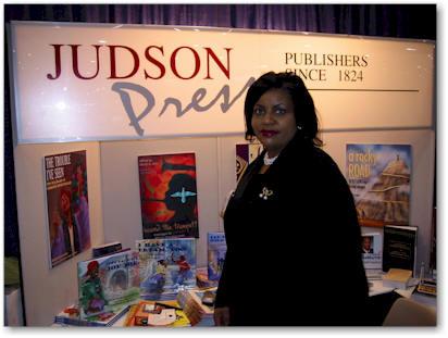 photo Linda M. Peavy - Acting Publisher